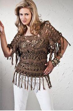 blusa de crochê com franja marrom