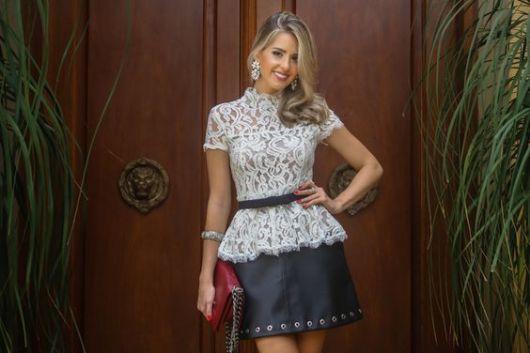 blusa peplum com saia de couro