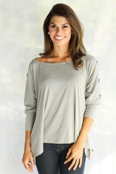 blusa simples com decote canoa