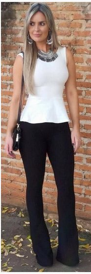 look preto e branco com calça