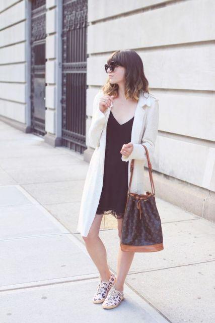 exemplo de looks com bolsa saco elegantes