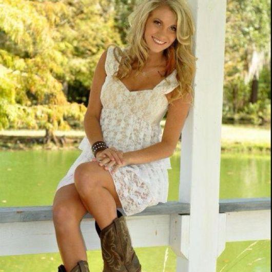 looks com vestidos e bota country feminina