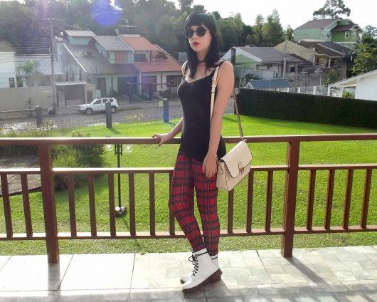 legging estampada com tênis