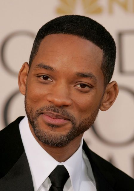 homem rosto redondo corte afro