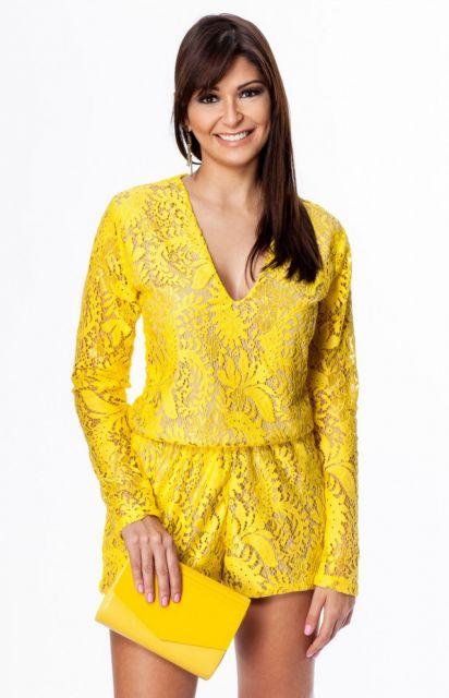 macaquinho de renda manga longa amarelo