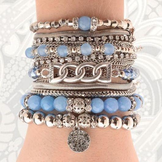 pulseiras da moda miçangas e pingentes