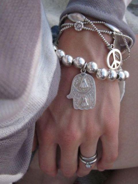 pulseiras da moda paz e amor