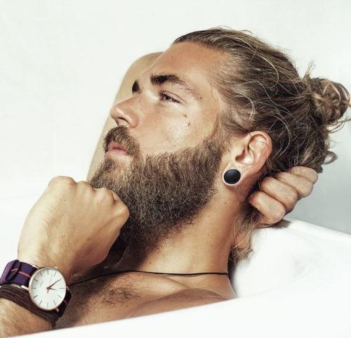 samurai com barba