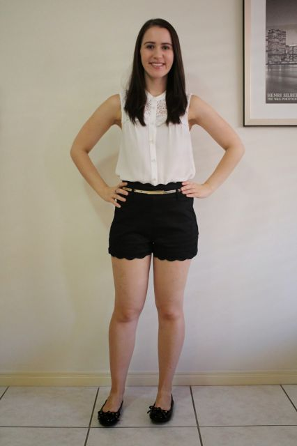 short de tecido assimétrico preto