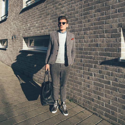 suéter masculino com terno