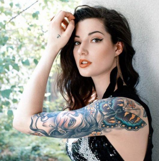 exemplo de tatuagens femininas no braço