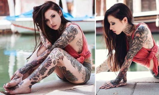 exemplo de tatuagens femininas no braço inteiro, fechado ou sleeve
