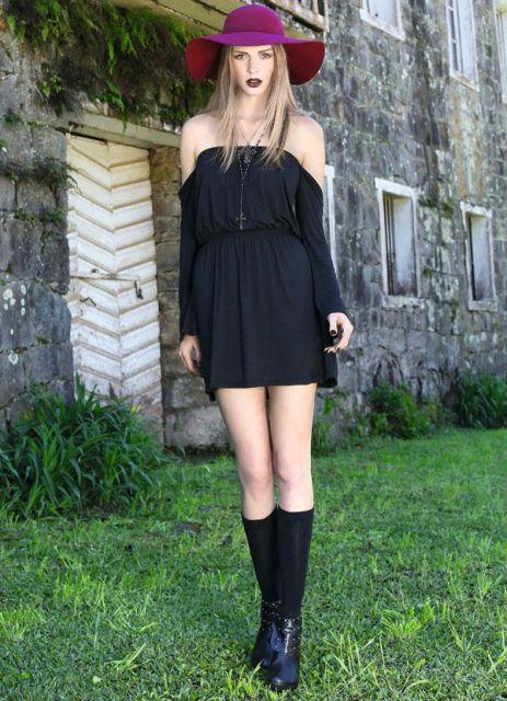 vestido e bota preta
