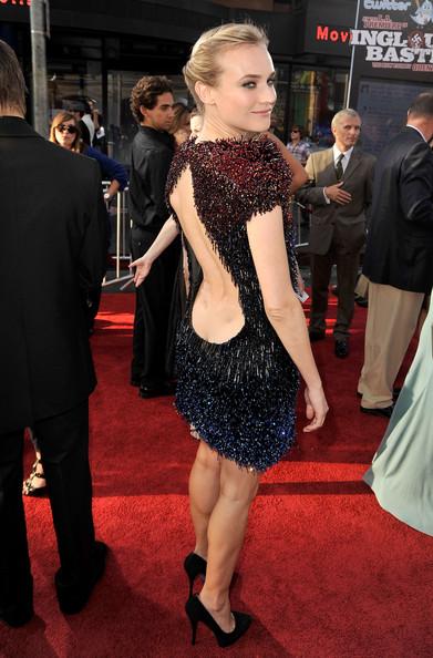 vestido com decote nas costas estiloso