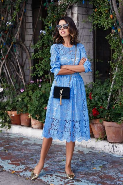 vestido midi renda azul
