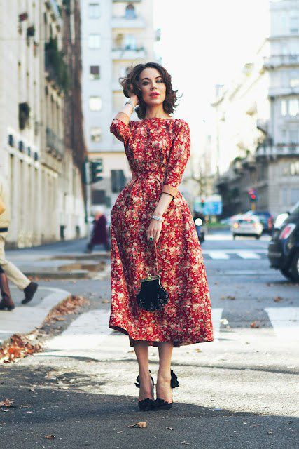 vestido midi rodado vermelho