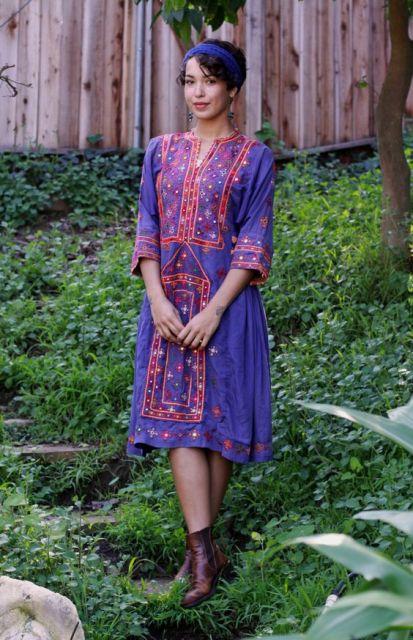vestidos hippie roxo