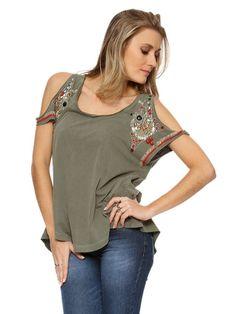 blusa-ombro-vazado-com-manguinha-curta