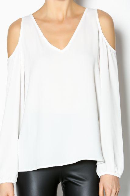 blusa ombro vazado branca