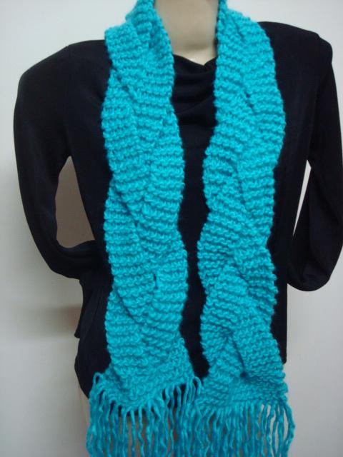 cachecol de tricô modelo trançado 0349ea375b6