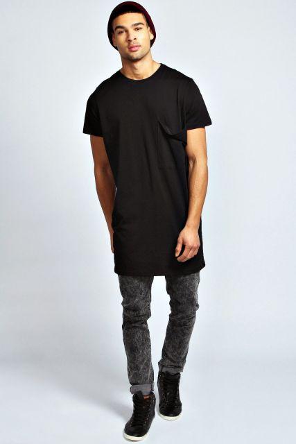 camiseta longline preta