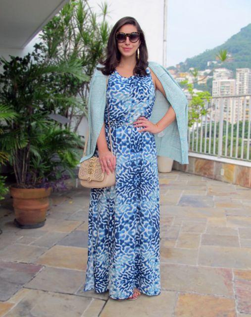 vestido longo com carfigan