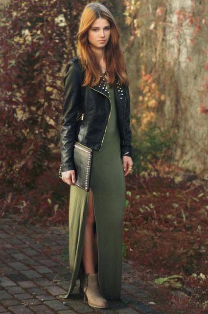 jaqueta de couro com vestido longo