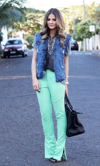 calça colorida flare
