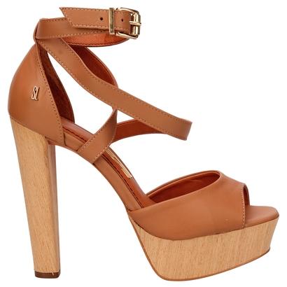 sandália meia pata salto madeira simples