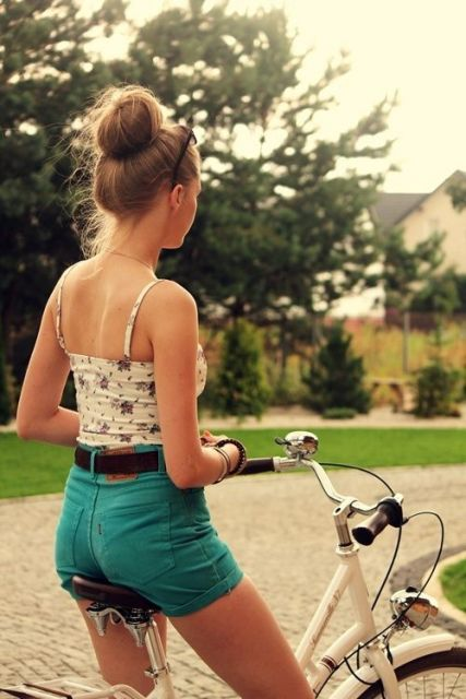 short hot pants bike