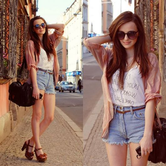short hot pants jeans com cardigan