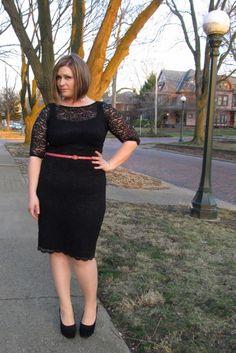 vestido com cinto fino