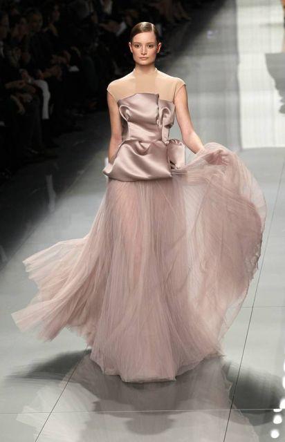 vestido peplum longo