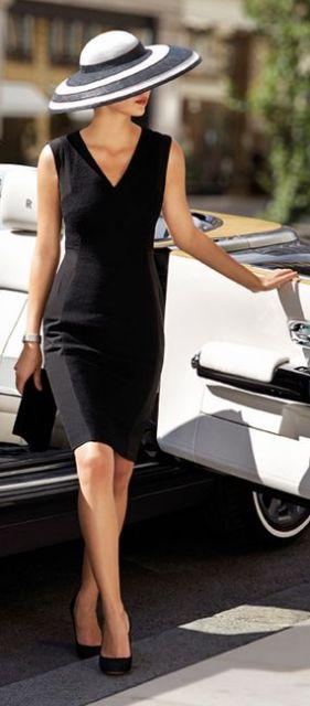 vestido tubinho preto chapéu
