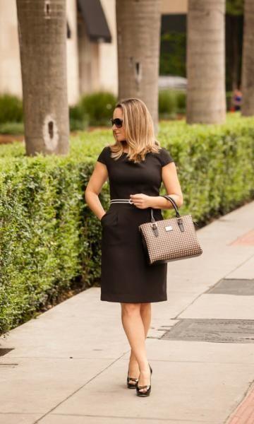 vestido tubinho preto dia a dia