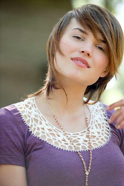 modelo de blusa customizada com crochê