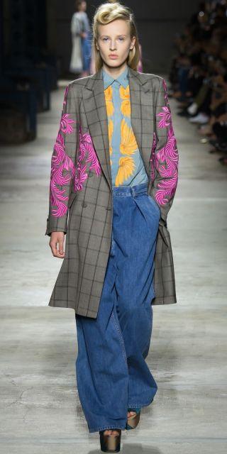 maxi calças nas tendências de looks de verão