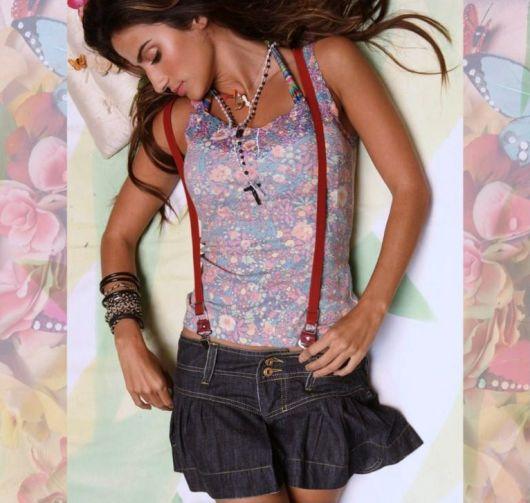 suspensório feminino com saia jeans