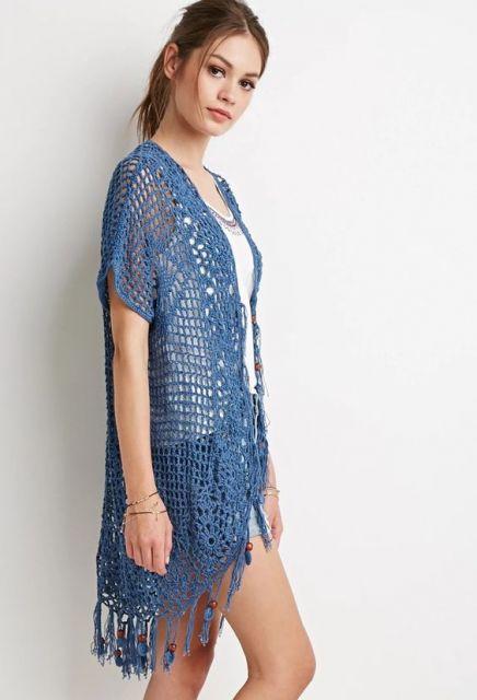 modelo longo azul