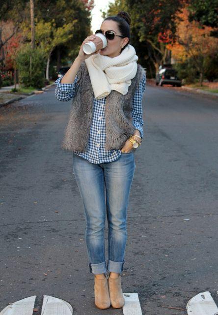 looks com ankle boot  com calça jeans dobrada