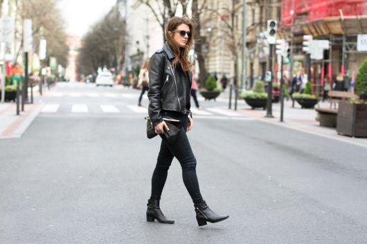 looks com ankle boot com jaqueta de couro