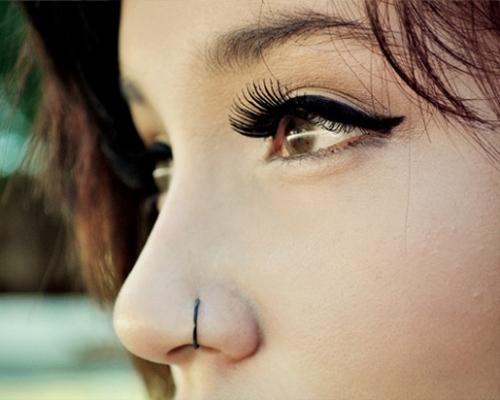 piercing no nariz argola preta