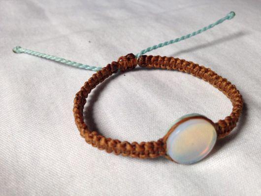 pulseiras hippie de corda com pedra da lua