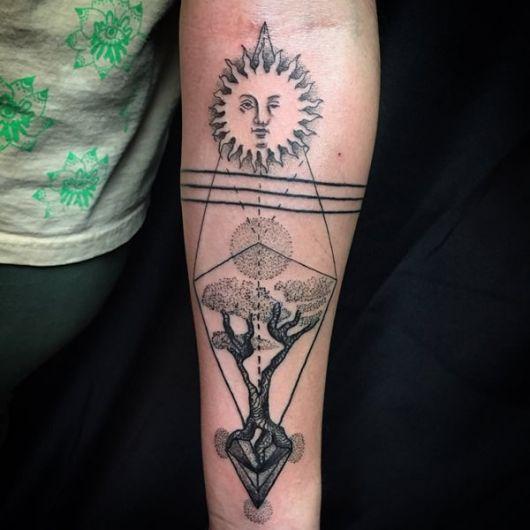 tatuagem geométrica mulher outras