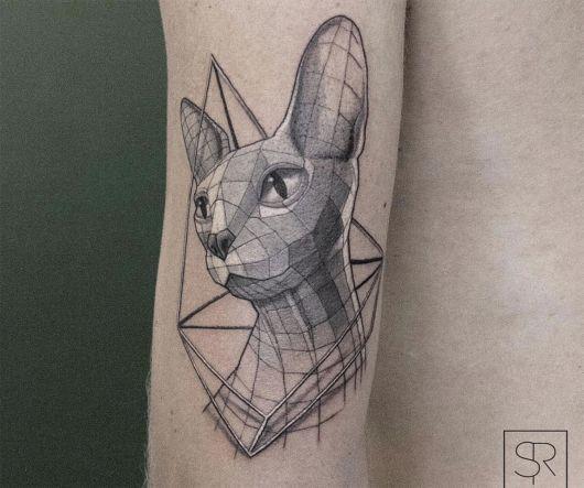 tatuagem geométrica sphinx
