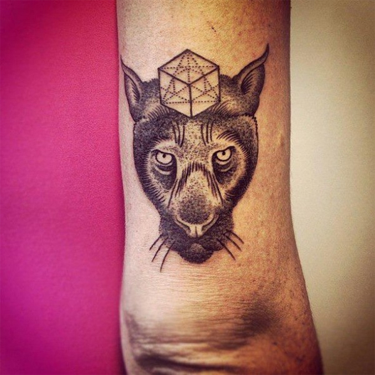 tatuagens com pontilhismo animais realista