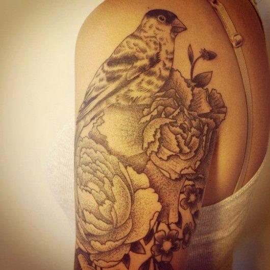 tatuagens com pontilhismo para elas