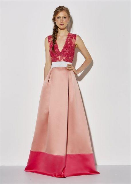 vestido de cetim longo com renda
