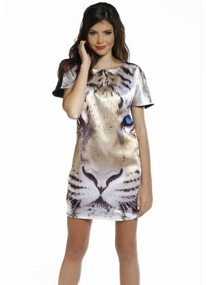 vestido de cetim curto estampado