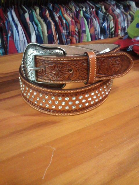 cinto de strass estilo country